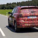 El Volkswagen T-Cross continúa su destape: Aquí tienes el nuevo vídeo-teaser del crossover