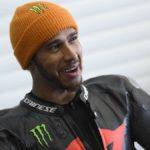 Lewis Hamilton, muy cerca de probar la M1 de MotoGP