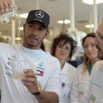 """Hamilton: """"Diría que va a ser el año más duro para Mercedes"""""""