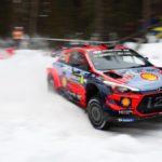 Thierry Neuville sigue dominando en la nieve de Suecia