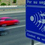 Cajas de radares vacías: La última moda de la DGT para intimidarnos y que bajemos la velocidad