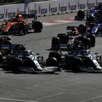 Bottas contiene a Hamilton para ganar y un combativo Sainz es 7º