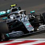 Bottas planta cara a Hamilton, Ferrari se hunde y Sainz es 14º