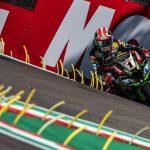 Rea golpea primero a Bautista y Ducati en Ímola: mete 7 décimas