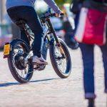 Las bicicletas eléctricas más comunes no tendrán que estar aseguradas ni llevar matrícula, la DGT lo desmiente