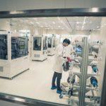 Las baterías de estado sólido para coches eléctricos ya prometen una densidad energética de 1.000 Wh/l en 2024
