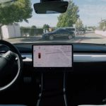 Así funciona el Smart Summon de Tesla que desaparca tu coche: ¿Realmente está listo para el mundo real?