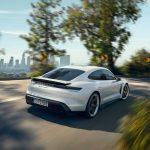 [Vídeo] Coge el cronómetro: Así es la brutal aceleración de 0 a 260 km/h del Porsche Taycan Turbo S