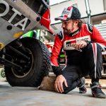 """Alonso, en Arabia Saudí para estar """"100% listo para el Dakar"""""""