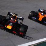 Verstappen gana como Senna en una remontada épica de Sainz