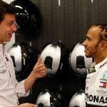 """""""Hamilton se irá a Ferrari en 2021... junto a Toto Wolff"""""""