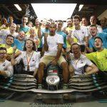 Mercedes cierra la puerta de Hamilton al 75%