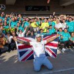 Ni el sexto título le da a Hamilton el cariño de los británicos