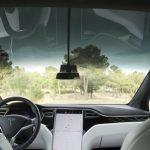 Tesla patenta un sistema de rayos láser para limpiar sus coches, y podría valer para paneles solares