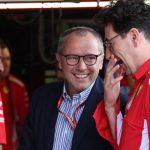 """Domenicali descarta a Hamilton: """"Ferrari está centrado en Leclerc"""""""