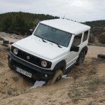 Comparativa 4x4: el Suzuki Jimny se enfrenta a un Lada Niva hipervitaminado [vídeo]