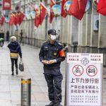 El coronavirus aplaza China