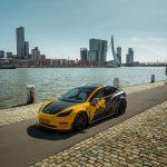 Este Tesla Model 3 ha ensanchado, pero sigue una dieta rica en fibra de carbono y kevlar