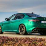 Alfa Romeo Giulia y Stelvio Quadrifoglio 2020: más personalización, tecnología y escape Akrapovic