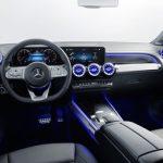 El Mercedes-Benz GLB 180 es el mismo SUV compacto de hasta siete plazas pero con 136 CV, desde 40.150 euros