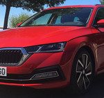 El Škoda Enyaq iV se asoma en este primer teaser: el SUV eléctrico checo que conoceremos en septiembre