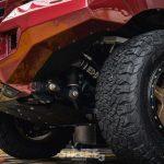 Si te gustan las aventuras campo a través, este Toyota Land Cruiser 200 es el juguete definitivo