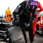 """Hamilton: """"Nunca había ganado una carrera con tres ruedas"""""""