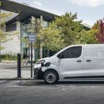La Citroën ë-Jumpy ya admite pedidos: desde 34.100 euros para la furgoneta eléctrica con hasta 330 km de autonomía