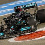 Hamilton salva el pellejo, Sainz rasca un 8º y Alonso abandona