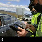 La DGT desmiente el bulo de la multa y la mascarilla en el coche