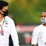 Mercedes se prepara para 2022 y avisa a Hamilton