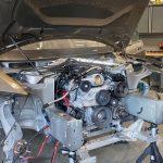 ¿Genialidad o herejía? Este Tesla Model S lleva un motor V8 Chevrolet y está vivo (+vídeo)