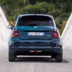 Los chollos del Plan MOVES: un FIAT 500e por menos de 15.000€ para ser uno de los coches eléctricos más baratos del mercado