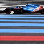 Hamilton se pone en cabeza por el error de Verstappen