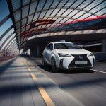 Lexus UX, la respuesta híbrida a los C-SUV premium alemanes por 250 €/mes: ¿un chollo?
