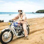 No le tengas miedo a la playa con tu moto