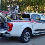 Subir una moto a una pick-up: ¿Imposible?