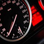 ¿Te vas de viaje en coche este verano? Descubre cómo ahorrar en combustible y bajar el consumo
