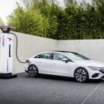 El Mercedes-Benz EQE es el Clase E eléctrico del futuro: 660 km de autonomía, 292 CV y un interior 100% digital