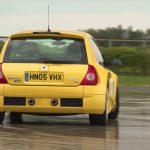Hacer derrapar un Renault Clio V6 es frustrante (+vídeo)