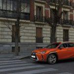 Lexus UX: un crossover premium híbrido de 184 CV a precio de C-SUV generalista, ¿el truco?