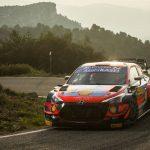 Dani Sordo pelea por el podio en Cataluña